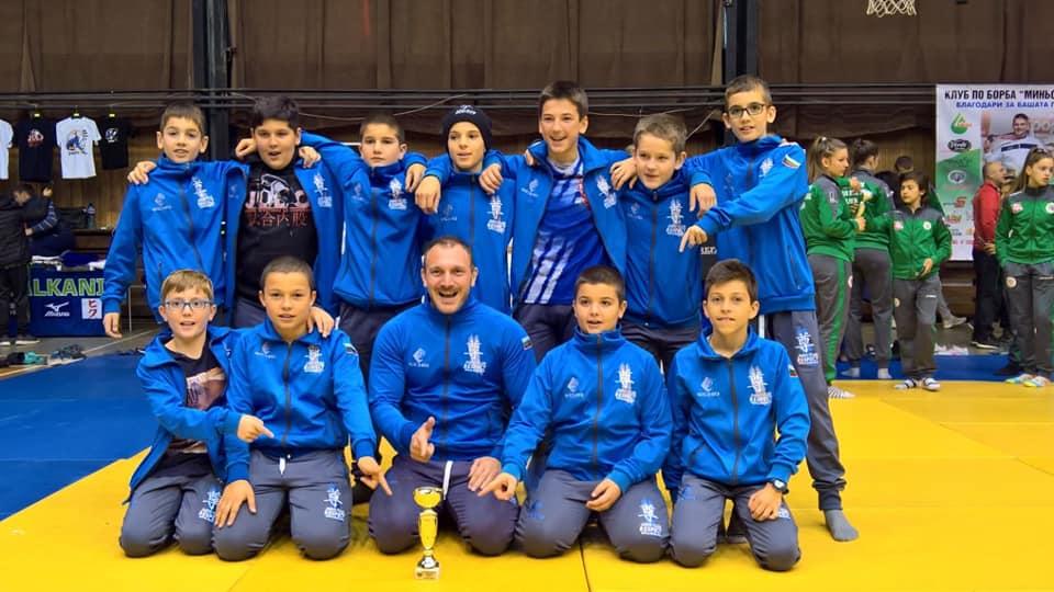Ние сме републикански шампиони на България за 2018 г. за деца под 13 години!